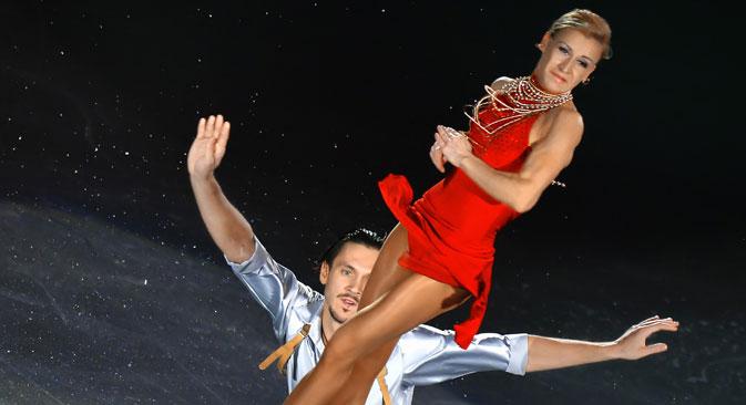 タチヤナ・ボロソジャルとマクシム・トラニコフ=ウラジーミル・ペスニャ撮影/ロシア通信
