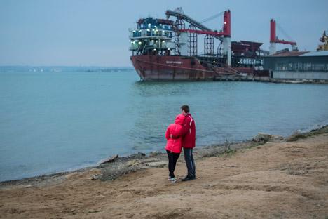 ロシアとウクライナがケルチ海峡の架橋について活発に協議し始めたのは2010年=アンドレイ・ステニン撮影/ロシア通信