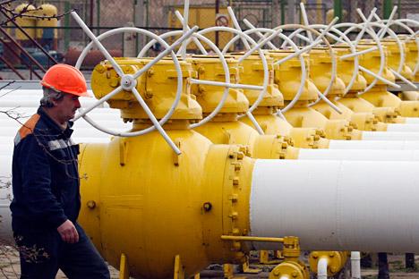 ヨーロッパとウクライナの国営ガス会社「ナフトガス」は、この時期としては異例のロシア産ガスの輸入急拡大に踏み切っている=ロイター通信撮影