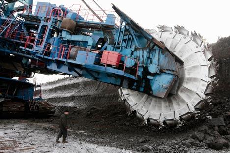 東シベリアのクラスノヤルスク市の東方152キロ地点にあるボロジンスカヤ炭鉱=ロイター通信/ Vostock-Photo撮影
