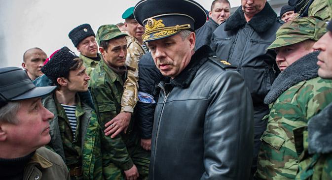 ロシア黒海艦隊司令のアレクサンドル・ヴィトコ氏=AP通信撮影