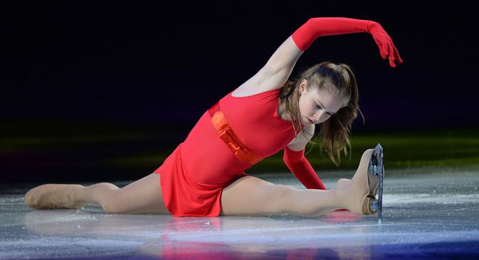 「リプニツカヤは今シーズン、女子シングルのシンボルになりましたが、これは時に、メダルやタイトルよりもずっと重要です」=ウラジーミル・ペスニャ撮影/ロシア通信