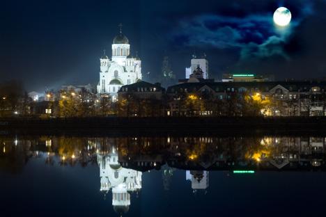 血の上の教会=ロシア通信