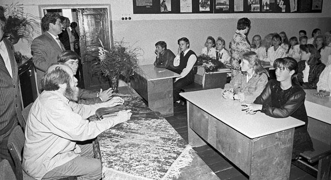 ソルジェニーツィンは、地方の学校で数学と物理の教師を務めることで、自身と家族の生活を支えることができた。=Photoshot /Vostock Photo撮影