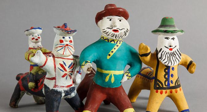 カルゴポリ玩具の展示会「北の地のケンタウルス」=Press Photo