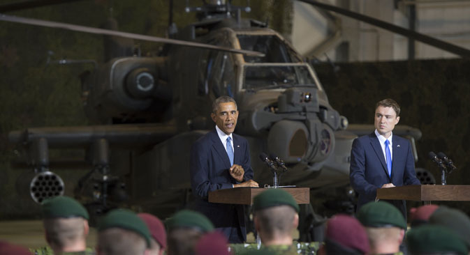 オバマ大統領は、エストニアのタリンでの演説で、米軍基地のエストニアへの配備を告げ、ロシアNATO基本文書の見直しを呼びかけ、ロシアに対する西側の制裁政策の合理性と有効性を主張した。=AFP/East News撮影
