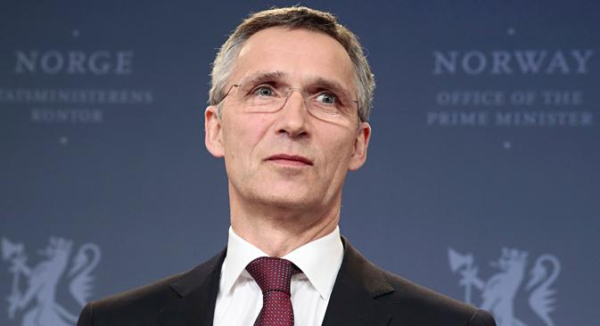 2014年3月28日。ノルウェーのイェンス・ストルテンベルグ元首相がNATO次期事務総長に選出された後、オスロの記者団の前でしばし沈黙。=ロイター通信