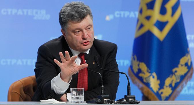 ポロシェンコ大統領の記者会見、ウクライナの法律「クリミアの特別圏について」などについて報道されている。=ロイター通信