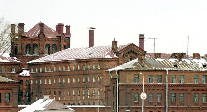 刑務所「クレストィ」は1892年、囚人自身によって建築された。=タス通信