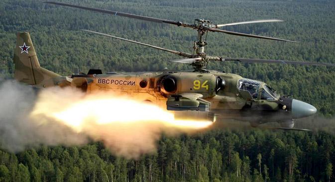 Ka-52 アリガートルとヴィフリ・ミサイルシステム=ロステク社