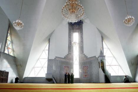リャイリャ・チューリップ・モスク=マクシム・ボゴドヴィド撮影/ロシア通信