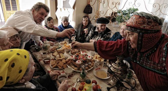 「老人ホームを精神病院みたいな閉鎖的な施設のように漠然と想像してました」とコンスタンティン・チャラボフ氏が語る=コンスタンティン・チャラボフ撮影