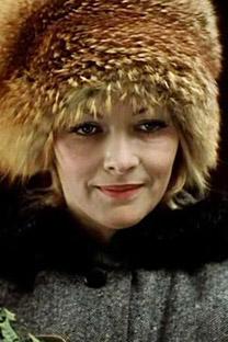 쿠반카는 모스필름 의상담당자 덕분에 크게 유행하기 시작했다. 바로 소련 전국민이 사랑했던 영화 '운명의 장난(Ирония судьбы)'의 여주인공에게 쿠반카를 쓰게 했기 때문이다. (사진제공=Press Photo)