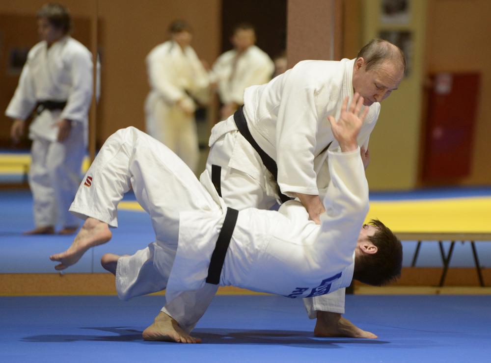 Pútin mantém forte ligação com esporte, sobretudo com judô, no qual é faixa preta