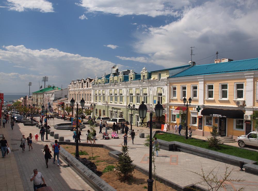 블라디보스토크는 러시아의 최동단 도시 중 하나로 130km 거리에 북한과의 국경이 위치한다.
