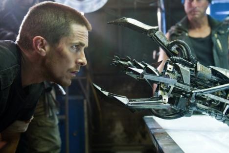 """Деновиве земјите со развиена одбранбена технологија активно ги користат автоматските воени системи. Сцена од филмот """"Терминатор 3: Бунтот на машините. Извор: Кинопоиск."""