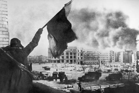 Сталинградската битка е една од најстрашните и најкрвавите битки во историјата на човештвото и преломна точка не само во Втората светска војна туку и во светската историја. Извор: ИТАР-ТАСС.