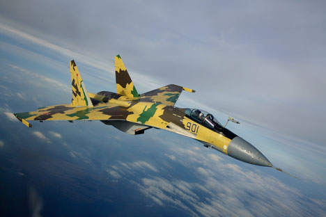 Ултраманеварскиот реактивен истребувач Су-35 од поколението 4++. Извор: sukhoi.org.