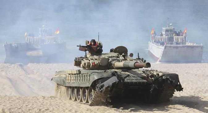 """Основниот борбен тенк Т-72 го произведува """"Уралвагонзавод"""" од Нижни Тагил (Урал). Извор: Reuters."""