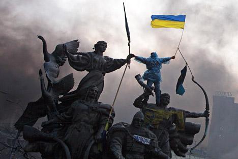 """МНР на РФ: Русија повикува """"да се бара општоукраински консензус во интерес на националното примирје"""". Извор: Ројтерс"""