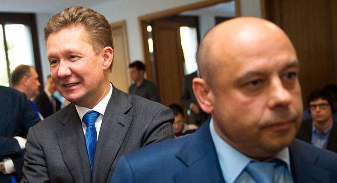 Украинскиот министер за енергетика Јуриј Продан минува покрај Алексеј Милер, извршен директор на Гаспром, по трилатералните преговори меѓу ЕУ, Украина и Русија во Берлин, 26 мај 2014. Извор: Ројтерс.
