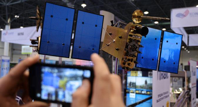 Рускиот глобален навигациски сателитски систем ГЛОНАСС претставува аналог на американскиот систем GPS. Извор: РИА Новости.