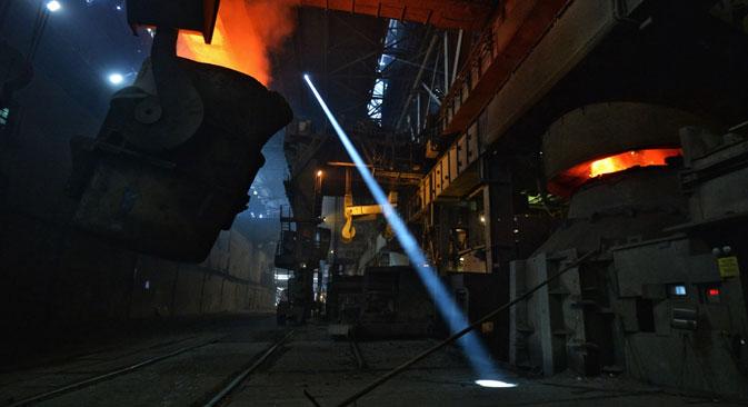 """Подобри показатаели пред сѐ има кај компаниите од сферата на машиноградбата и на металургијата. Извор: РИА """"Новости"""""""