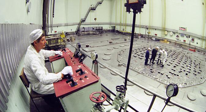 Сибирски хемиски комбинат (затворен град Северск, Томска област): оператери на нуклеарниот реактор АДЕ-5. Извор: А. Соломонов / РИА Новости