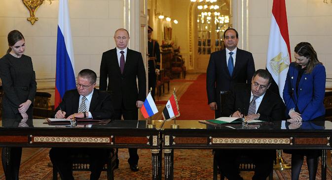 Руските фирми би сакале да земат учество во модернизација на индустриските претпријатија во Египет кои се изградени со помош на СССР. Извор: Ројтерс
