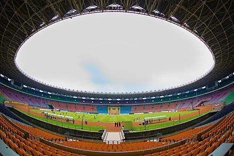 Kompleks Olahraga Gelora Bung Karno, fasilitas olahraga terbesar dan tertua di Indonesia.