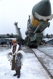 """Транспортиране на ракета-носител със сателит """"Ресурс Ф-2"""" на космодрума """"Плесецк"""". Снимка: РИА """"Новости"""""""