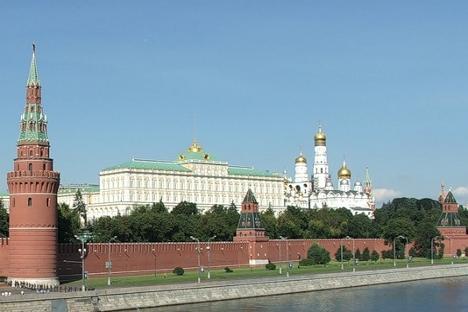 Сваки други становник Русије сматра да је Православна црква присутна у унутрашњој политици руске државе. Извор: Росијска газета.