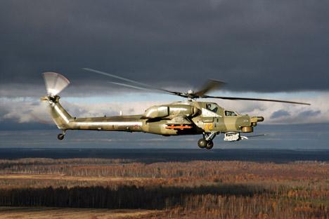 """Русија и Ирак ће у блиској будућности наставити војно-техничку сарадњу. Уговори """"гарантују испоруку око 50 система 'Панцир' и 30 модерних борбених хеликоптера Ми-28НЕ"""", кажу стручњаци. Извор: РИА """"Новости"""" / Сергеј Солдаткин."""