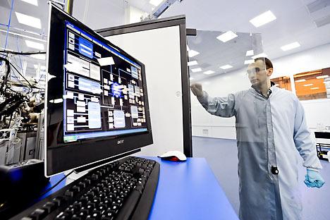 Радио-електроника је велики и високо продуктивни сектор економије, који умногоме одређује конкурентност других привредних грана. Она се користи свуда, а њена улога у будућности ће бити све већа. Извор: ИТАР-ТАСС.