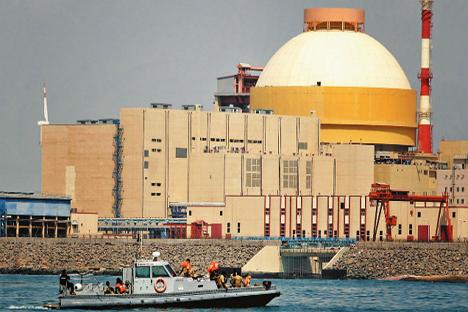 """Нуклеарна електрана """"Куданкулам"""" у држави Тамил Наду на југу Индије, изграђена руском технологијом. Извор: AP."""