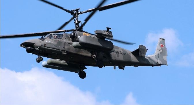 Максимална висина лета Ка-52 је 5500 m, а стопа успона 10 m/s. Фотографија: Александар Медведев.