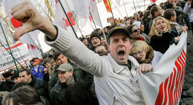 """После разговора са председником Европске комисије Жозеом Мануелом Барозом, украјинском председнику није остало ништа друго него да још једном потврди да """"европски избор Украјине нема алтернативу"""". Извор: EPA."""