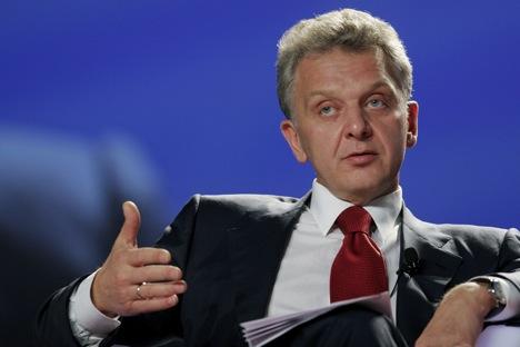 Виктор Христенко: Председници Русије, Белорусије и Казахстана су поставили задатак да до 1. јануара 2015. формирају Евроазијску економску унију као нову фазу продубљивања сарадње. Извор: Reuters.