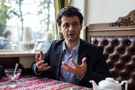 Артјом Оганов: Имам утисак да млади научници немају довољно воље; они би желели да добију новац без уложених напора и без великог интересовања за науку. Извор: Росијска газета.