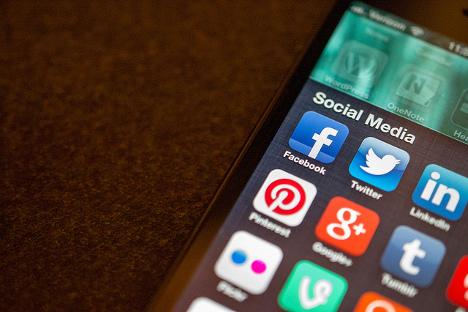 Број запослених Руса који су корисници друштвених мрежа достигао је 51,8 милиона. Извор: Jason A. Howie.