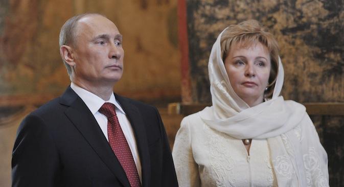 Пре објаве развода на државној телевизији, Владимир Путин и Људмила Путина су последњи пут виђени заједно 7. маја 2012, на служби коју је поводом почетка Путиновог трећег председничког мандата у Кремљу служио патријарх московски и целе Русије Кирил. Извор: Reuters.