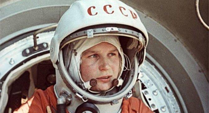 """Валентина Терешкова е първата жена, летяла в космоса – на борда на космическия кораб """"Восток 6"""" през 1963 г."""