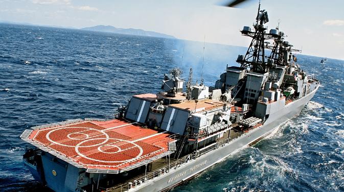 """Големиот противподморнички брод """"Адмирал Пантелеев"""". Извор: РИА Новости."""