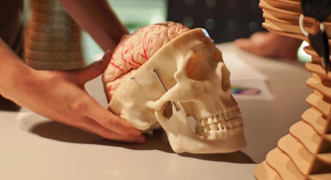 Неуродегенеративна обољења која захватају ћелије великог мозга су данас је једно од главних поља изучавања медицинских наука. Извор: Ars Electronica.