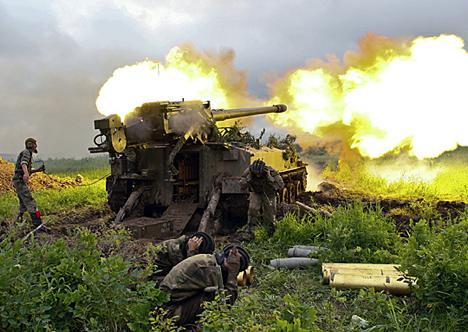 """Во вежбата """"Запад-2013"""" учество ќе земат 2.500 војници од Русија, додека од Белорусија ќе бидат испратени 10.400 лица. Извор: Министерство за одбрана на РФ."""