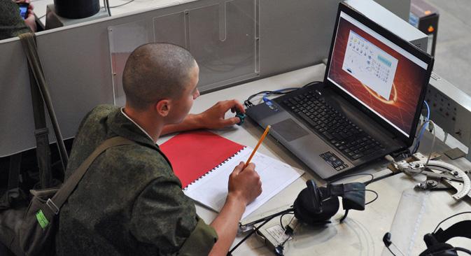 Према речима председника Русије, сајбер-напади могу имати већу разорну моћ од обичног оружја. Извор: Комерсант.