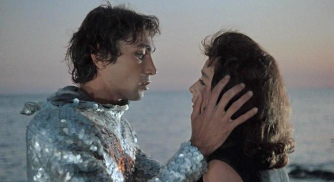 """""""Човек-амфибија"""", филм снимљен 1961. према истоименом роману Александра Бељајева, представља ремек дело совјетске филмске индустрије. На слици: човек-амфибија у свом """"ронилачком оделу"""". Извор: kinopoisk.ru."""