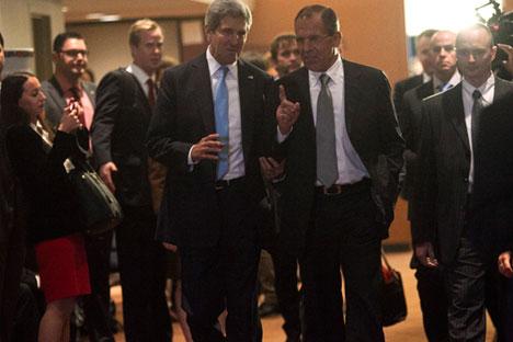 Ако Русији и САД пође за руком да униште хемијско оружје у Сирији и приморају владу и опозицију да седну за преговарачки сто у Женеви, то ће бити озбиљна најава могућности заједничког тражења обострано прихватљивих решења и када је реч о другим акутним светским проблемима. Извор: Reuters / Vostock Photo.