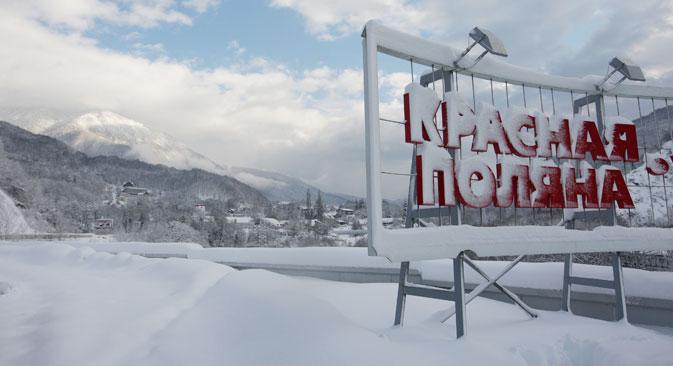 """Сваке снежне зиме Владимир Путин обавезно долази у Красну Пољану да """"провери"""" стазе. Извор: ИТАР-ТАСС."""