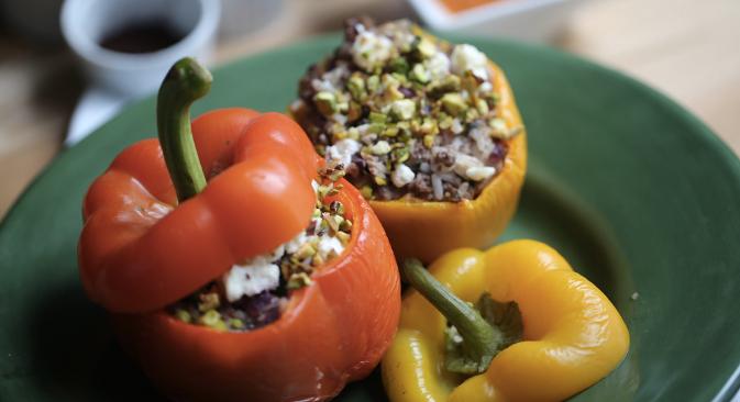 Nove vizije punjene paprike i 13 koraka do slasnog cilja. Fotografije: Jennifer Eremejeva
